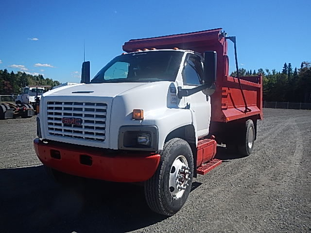 2004 GMC C8500 single axle dump truck. Air brakes. 8.1L-V8 Vortec gas engine w/6 speed manual trans. 13' dump body. Clean truck. New MVI. Please contact for details umit# 16-154