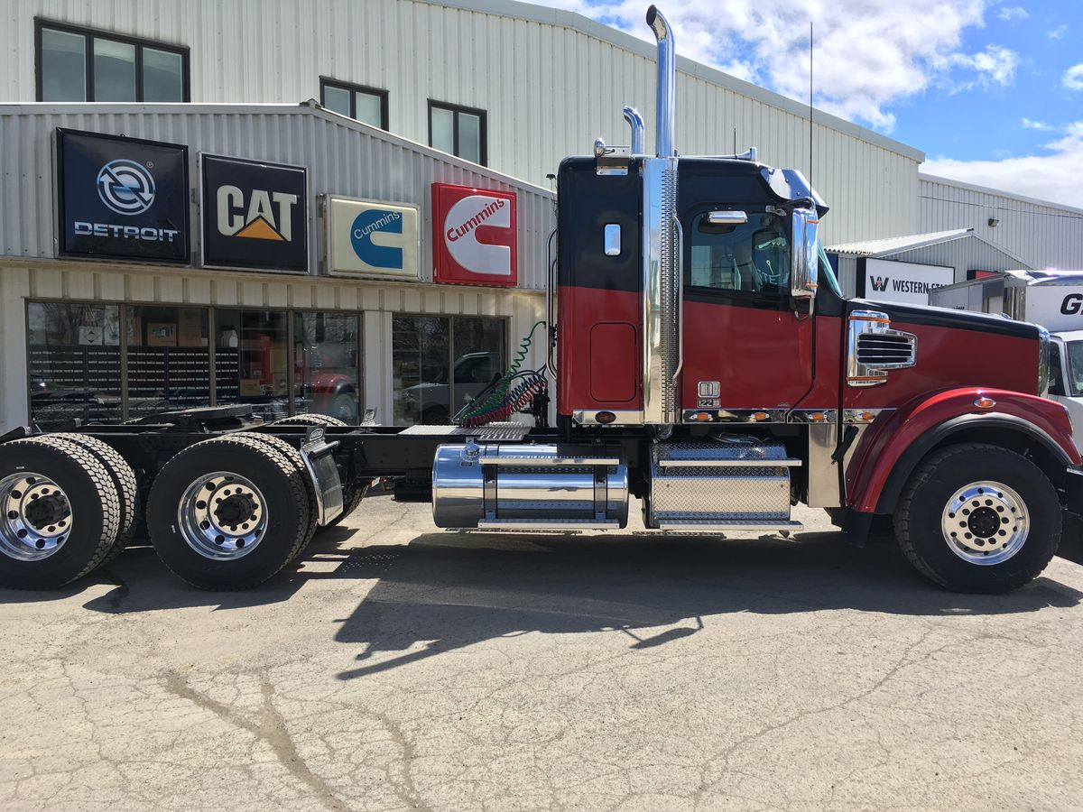 We sell Freightliner trucks. Freightliner 122 SD 2019 Logging, DD16 600HP - 1850 LBS Transmission Eaton Fuller RTLO-20918B