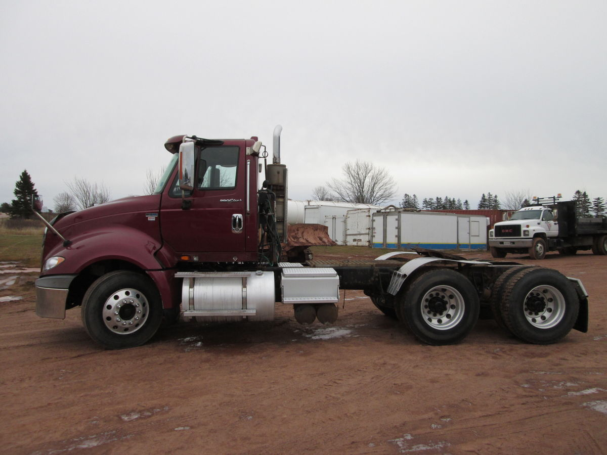 #1970   2012 International Prostar daycab, Maxxforce 13 475HP. 13 speed Allison transmission with overdrive, Rockwell differential  3.73 ratio 4 way locks, air ride suspension, air brakes.  Axle rating 146000lbs front 46000lbs rear, axle spread 54